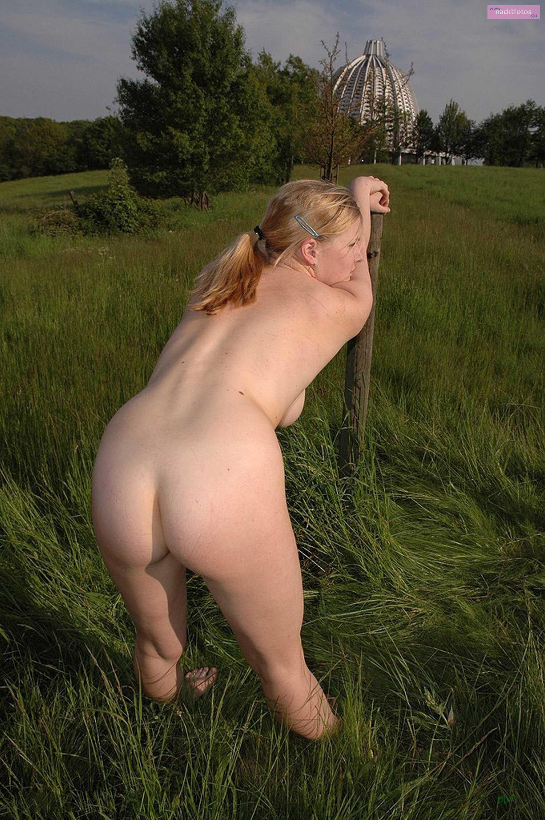 nackt outdoor