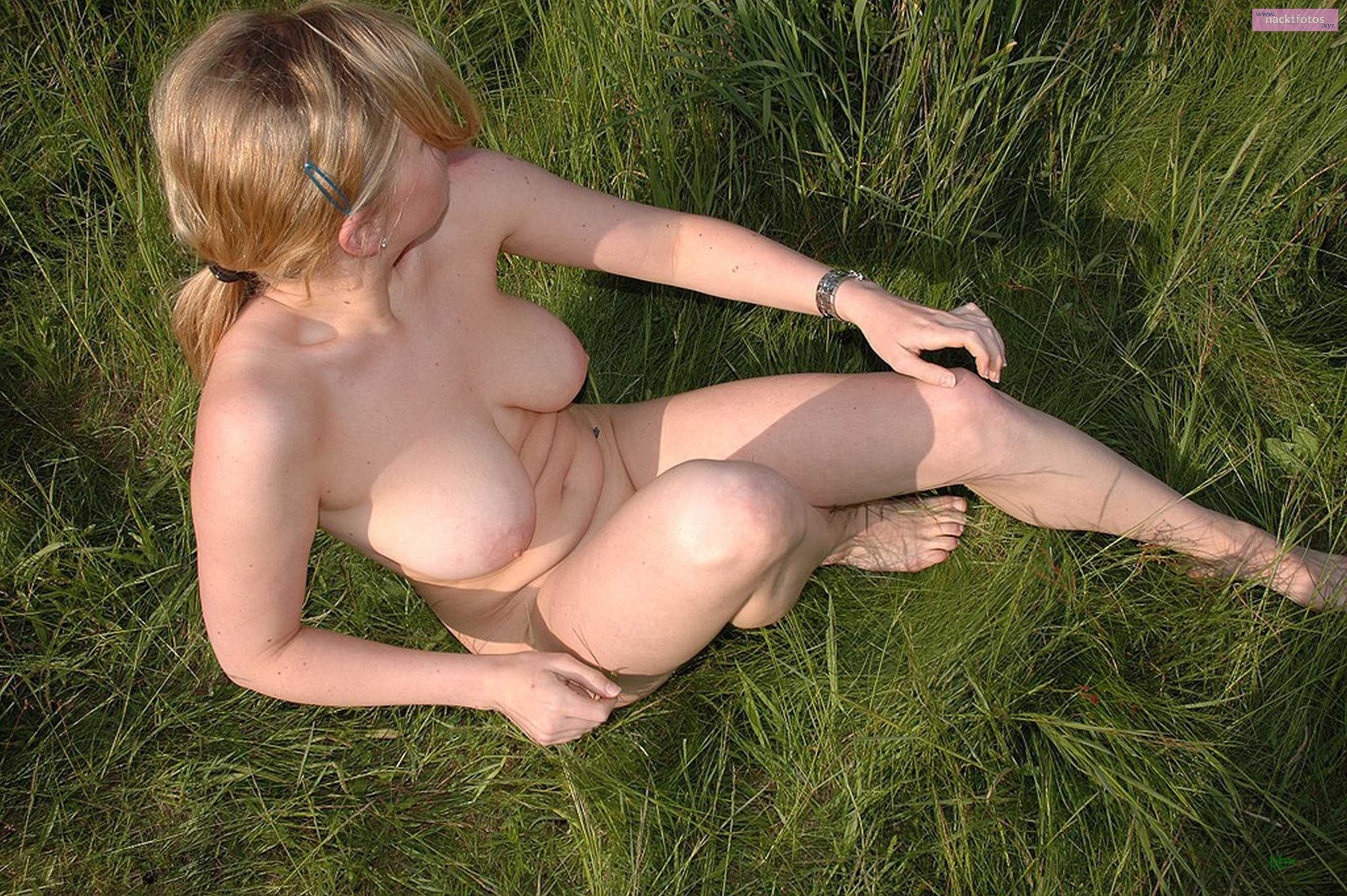 public dusche im freien nackt