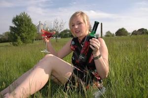 outdoor nude in public im freien nacktfoto von meiner frau - sie mag es sich oeffentlich zu zeigen 43