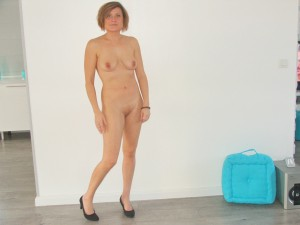 milf nacktfoto privat nur in pumps