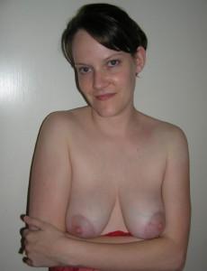 schuechterne ehefrau nackt oben ohne titten privat nacktfoto