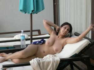 meine exfreundin im urlaub nackt sonnen