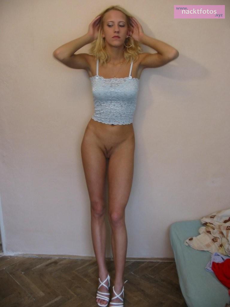 dünne Nacktfotos