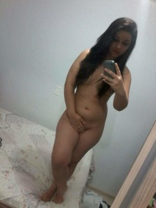 whatsapp nacktfoto teen handy