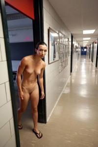 nackt fkk hallenbad flashing wife ehefrau exhibitionistisch
