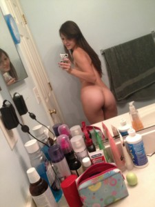 nacktfoto sexting arsch nackt