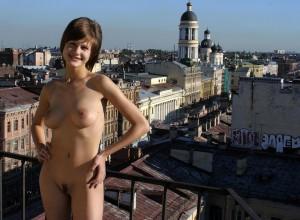 nackt oeffentlich ausziehen strip foto